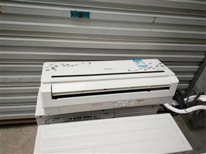 9成新二手空调出售