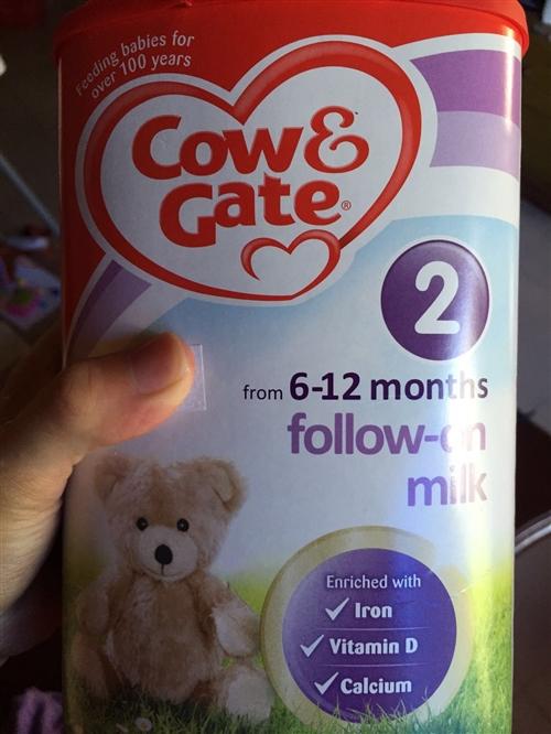 轉英國牛欄2段奶粉,因寶寶要轉3段,所以低價轉讓,保證正品!190元買的,現在120元轉出,有意加微...