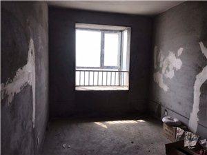 凤凰苑5室3厅4卫95万元