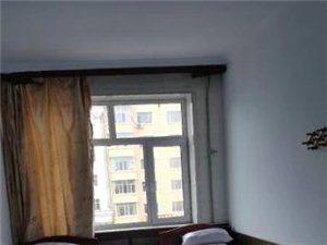 房间宽敞明亮,单身,恩爱夫妻,业务员理想的选择。