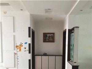 鹤壁新区三和佳苑3室2厅2卫1800元/月