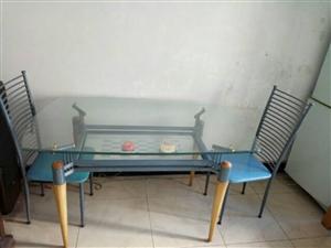 1300*80mm九成新玻璃钢餐桌,配六把椅子
