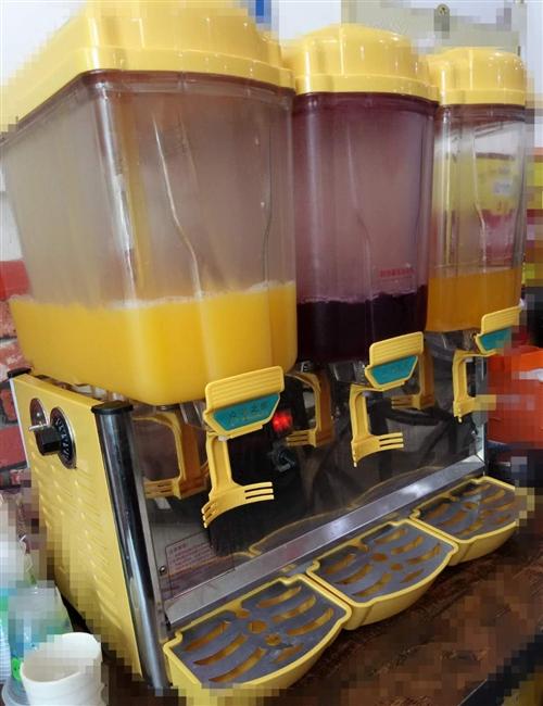 出售双温饮料机一台,九成新,买的时候三千多,现在900出售