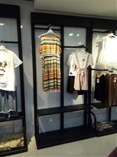 服装店架子转让,9成新,成人服装儿童服装均可使用。