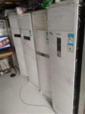 售二手格力美的春兰等空调,八九成新,一匹至三匹价格700至2200元不等。电活18706647508