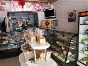 食品展示柜,常温柜,1.5米两个,1.8米一个。每个500元,三个一起出售1200元