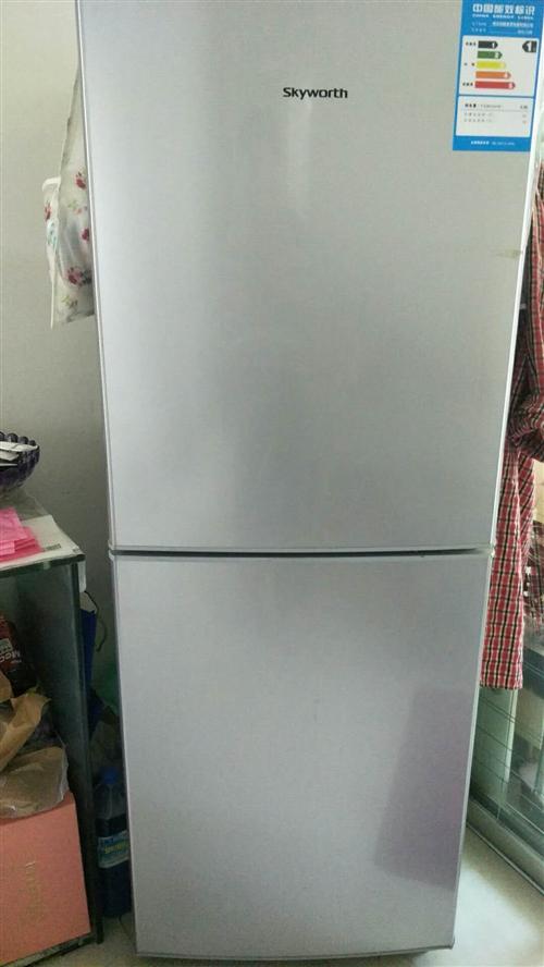 容声冰箱九成新,搬家没法带走,价格最低五百,非诚勿扰,联系电话13999604566