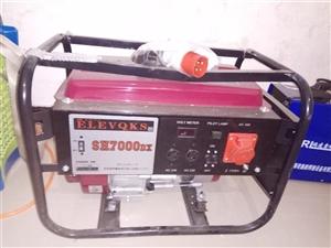 7KW发电机,220v.380v两用。全新的未用过。             电焊机是400型也是全...