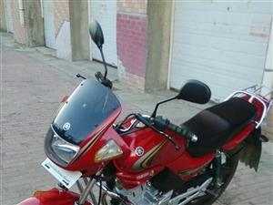 雅马哈天剑125摩托车,澳门太阳城网站牌照9乘新