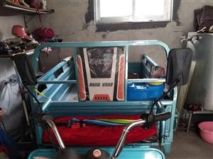 电动三轮车,长三米,宽一米五,九成新,大电瓶