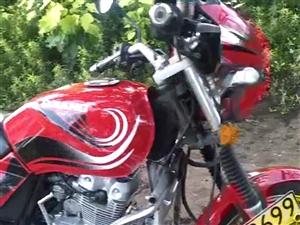 钱江摩托车,状况不错,没咋骑,澳门太阳城网站兴国宝丰,电话联系我。18903621760