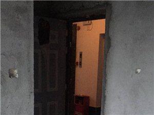 山水汇园1室1厅1卫25万元