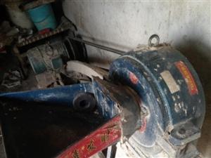 因房屋撤建急转让全自动面条机一台面皮机一台粗粮磨面机一台面粉搅拌机一台,合计五千元左右电话18317...