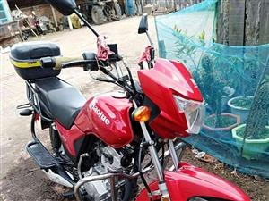 豪爵摩托车,车况良好,因搬家没地方放所以出售(有牌照,)