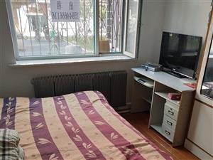 新兴区2室1厅1卫1000元/月