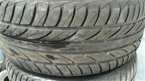 出售台湾品牌轮胎,八九成新,225/50/17的。