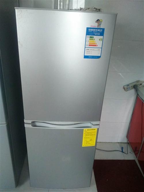 新冰箱,用了沒多久 要回老家價格合適轉手