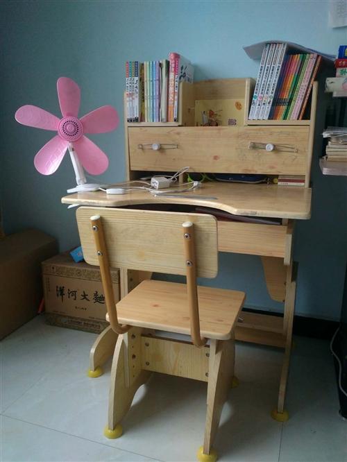 兒童課桌,轉手有需要的抓緊時間