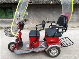 低价出售3轮电动车,老年代步车,轻巧,美观,车头车尾可以拖货,可坐2人,99成新,金超威48V22....