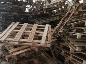 大量木托盘出售     平舆华丰织造有限公司