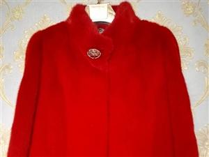 现货  包邮   衣长57   胸围100   大红喜庆色   2200   也可上门亲自看货试穿