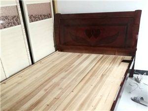 转让实木床9成新,1.5mx2m方便拆卸。梦笔一区