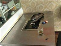 韩式电无烟烤桌,开店家庭聚会都适合,买来用了两三次,基本全新的