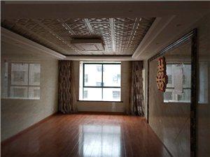 精装爱国新村3室2厅2卫带小车库20平方58万元