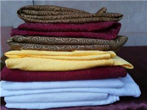处理酒店床上用品,床单,被套,毛巾,浴巾,被子,8成新,超低价处理,有意者联系,