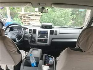 京牌2017年11月福田14座G9一辆带司机出租有意者联系13681186100价钱面议