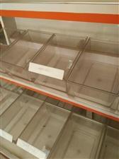 本人开零食用过的食品盒现在处理,有两百多个,有需要者联系,