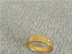 千足金晧化戒指,重2.25克,3D黄金转运珠低价出售