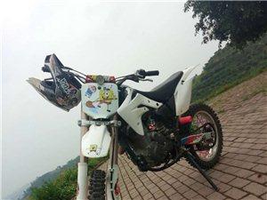 越野摩托M4