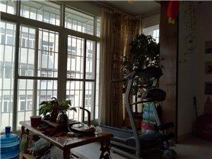 民政小区4室2厅2卫44万元