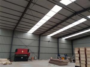 自己的厂房出售,250*125的柱子和梁,夹心板顶,单板墙,长27.5宽18.5高6.5,电话139...
