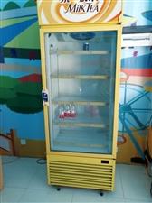 两台5匹3相柜机,3000一台,冷藏柜,600,联系13995822130