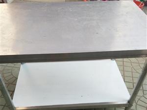 大不锈钢桌子,用了一个月,120处理,