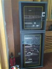低价出售全新消毒柜,冰柜,未使用,新款节能,容量加大,有需要的请电联!价格可议!