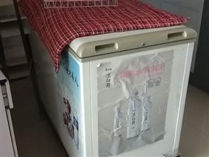 美的冰柜去年买的,带拉架,