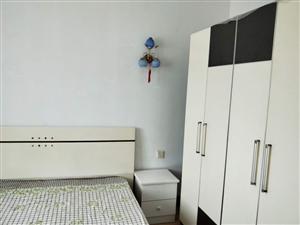 老二中斜对面15号安居楼3室2厅2卫住房出租