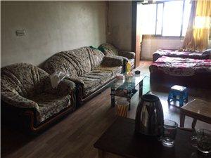 中广小区3室1厅1卫1000元/月