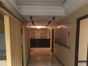 中国银行对面辉达驾校楼下4室1厅2卫1600元/月
