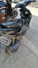 雅马哈鬼火踏板摩托车,刚买一年,现在因离家工作用不到,所以准备转手。