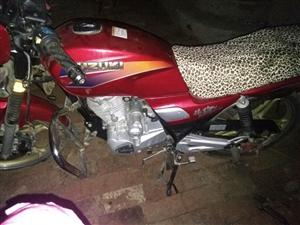 出售银豹125摩托车15833614776