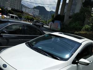 13年起亚K3   手自一体,最高配置,一手车,要换车所以出售。