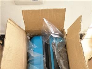 低價轉讓全新阿爾卑斯拉桿行李箱一個