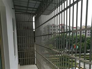 金湖柳苑旁3室1厅1卫28万元带阳台