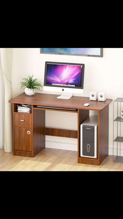 出售九成新多功能辦公桌,價格商量。