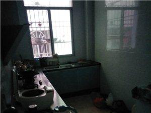广明国际花园3室2厅2卫28万元
