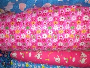 床单布料,儿童棉被,尿垫,四件套,各种布料为主,可定做各种布艺用品